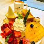 152597924 - 贅沢アップルマンゴーフレンチトースト