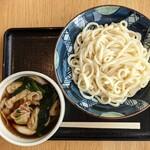 菖蒲のごはん屋さん - 料理写真:肉汁うどん(1.5玉) 830円