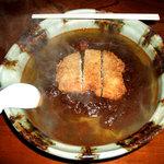 おふくろ - カツカレーミックスラーメン(食べ始め)
