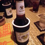 タイ料理サバイ・サバイ - シンハービール(持ち手付)