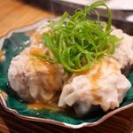 コマル - 黒豚粗挽焼売、椎茸肉詰め焼売