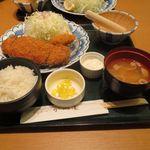 かつ楽 - ロースかつ定食(120g)