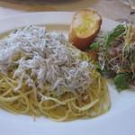 15263660 - しらすとズッキーニのスパゲッティ