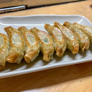 松ちゃん - 料理写真:ギョウザ