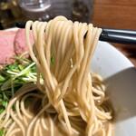 152651063 - 【2021年05月】濃厚 烏賊煮干中華そば@790円、麺アップ。
