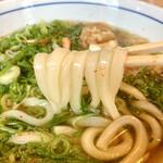 ウエスト - ツルモチの麺に出汁のよう効いたスープ堪らんけん♡