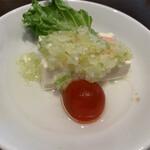 鼎泰豊 - 前菜(エビと豆腐のネギ塩ダレ)