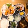 Tanakadashikikaisenshokudouuochuu - 料理写真:魚忠ランチ メインは海老フライ(プラス280円)
