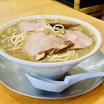 中華そば ひらこ屋 - ◆とんこつ煮干しそば(こいくち)。