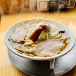 中華そば ひらこ屋 - ◆煮干し中華そば(あっさり)。 ◎煮干しを長時間水出しして出汁をとったスッキリとした中華そば。