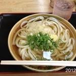 うどん村 - 2012.10.12(金)11時訪問 かけ大350円湯がきたて、釜かけ\(^o^)/
