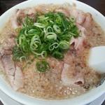 来来亭 - 料理写真:チャーシューラーメン@¥800-(麺かため)