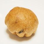 152682118 - ミルクコーヒーのぶどうパン