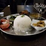 ゴダワリ カフェ&レストラン - ダルバート
