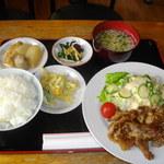 きっちょむ - 料理写真:豚しょうが焼き定食