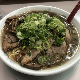 親爺 - 料理写真:チャーシュー麺大