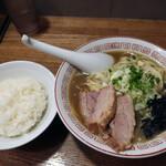 niboshichuukasobasemmonniboshimaru - 煮干そば