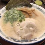 節 - 極上豚骨ラーメン 790円