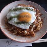 かよちゃん - 料理写真:富士宮焼きそば600円