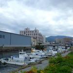 シロクマ食堂 - 閑静な北運河エリア。観光客も少なくお勧めです。