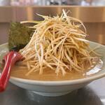 ラーメンショップ椿 - 料理写真:ダブルネギラーメン 麺半分 硬め、無し、薄め