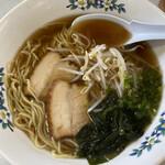 城山食堂 - 中華そば430円