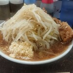 ぶたけん。 - 料理写真:らーめん、麺300g豚2枚¥850-