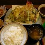 ドライブインのうみ - 天ぷら定食