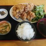 みんけい - 料理写真:唐揚げ定食