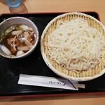 とんかつ たから - 料理写真:肉汁うどん(稲庭) 大盛 900円