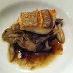 タベルナ クラゲ - 天草の鯛ときのこ