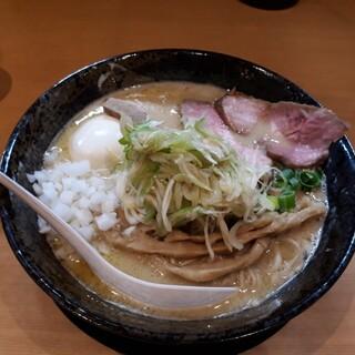麺堂 稲葉 - 料理写真:ネギチャーシューとりそば塩味玉大盛り1300円