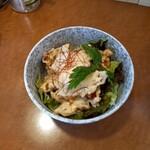麺屋 よつ葉 - チリマヨ丼