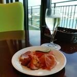 サザンビーチホテル&リゾート沖縄 プレミアムラウンジ - 料理写真:いただきます(^_^)/▼