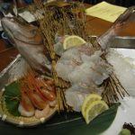 美食米門 - 【お造り】真鯛の姿造りと甘海老のお刺身盛り合せ