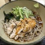 名代 箱根そば - 蒸し鶏の辛味そば〜四川よだれ鶏ソース〜¥530