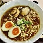 ちとせ - 煮卵入り中華そば¥750