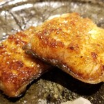 Chisousottakuito - ⑯炭火焼き海鰻(福岡県有明海産、5日寝かせ)             2年前に照寿司の鰻職人の焼いた鰻が圧倒的に美味しい!と漏らしてから、ずっと提供されなかった鰻が昨年末レベルアップして解禁、唯一無二の焼き加減