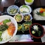 たんぽぽ - 【日替定食】海鮮・山菜丼とそうめんの定食(700円) 夜の日替わり定食は100円高になります