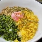 たんぽぽ - 三色丼(日替わりランチの一部)