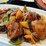 たんぽぽ - 酢豚ならぬ酢鶏(日替わりランチの一部)