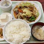 吉田大飯店 - 回鍋肉定食 750円