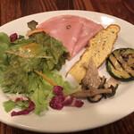 トラットリア ピッツェリア アミーチ - ランチセットの前菜盛り合わせ