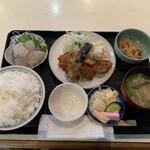 よしむら - 料理写真:アジフライとミニ刺身定食ご飯大盛1200円