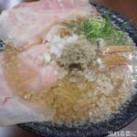 麺屋 大羽 - 料理写真:醤油ラーメン
