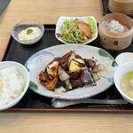 スタイリッシュチャイナ 神 - 黒酢酢豚セット