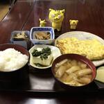 ごはんやさん ういづ - 料理写真:出し巻定食880円(税込)