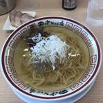 田中そば店  - 料理写真:澄んだスープが身体に優しい