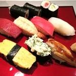 入船鮨 - ランチの握り寿司 ¥945