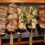 15287564 - もつ鍋セットの焼き物3品:黒豚バラ焼き、地鶏むね肉のからしマヨ焼き、地鶏のもも焼き